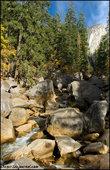 Следующей остановкой был водопад Vernal Fall — это по пути на него