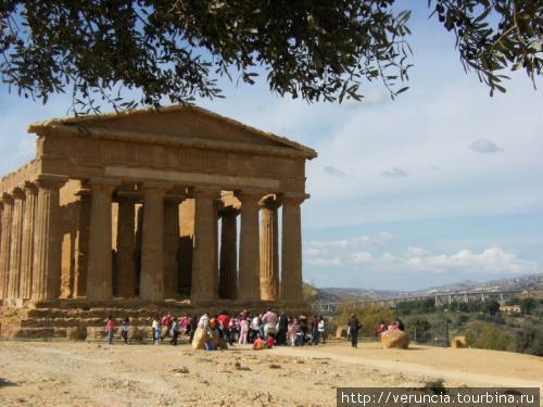 Храм Согласия Агридженто, Италия