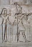 Сценка из жизни фараонов — на стене храма Гора
