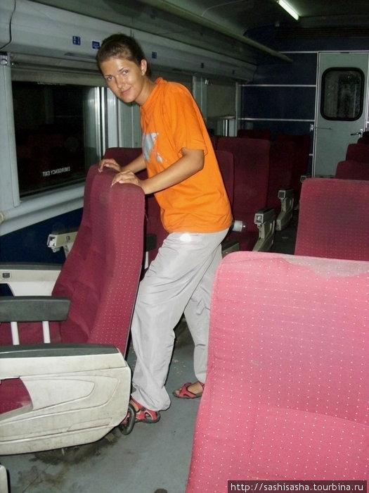 Для удобства в долгой дороге, кресла в египетских поездах можно крутить по своему усмотрению.
