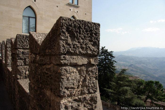 сан-маринские стены