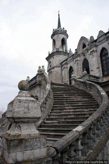 парадная лестница церкви Баженова