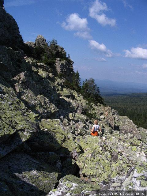 Огромные камни, бескрайняя тайга до горизонта и синее-синее небо создают уникальные ощущения! Златоуст, Россия