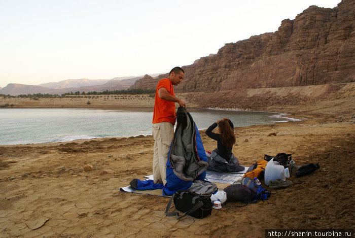 Утро на Мертвом море