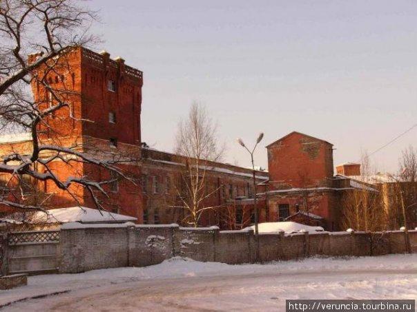 Старинные фабрики барона Штиглица.