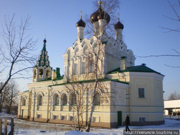 Свято-Троицкая церковь — усыпальница семьи Штиглица.