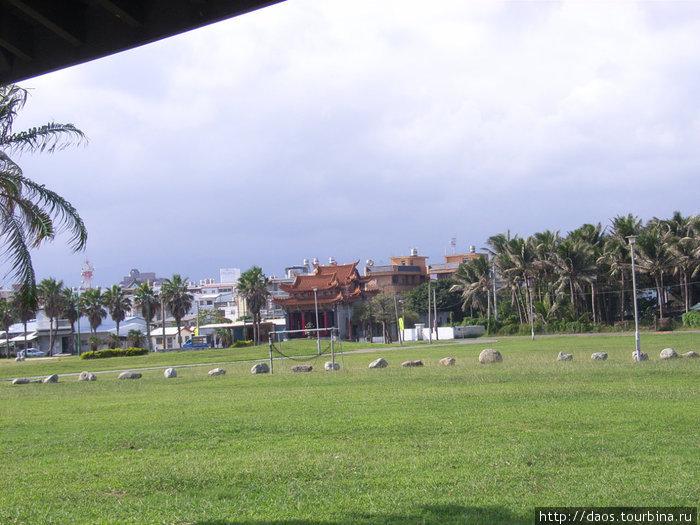Парк вдоль океана