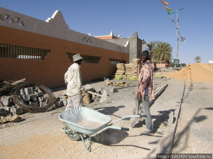 как жизнь в ливии компания специализирующиеся продаже