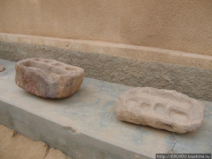 Надгробные плиты гарамантов.