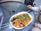 Баранина жареная с травами — знаменитое блюдо уличной еды