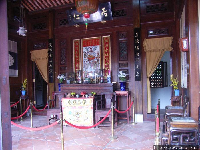 Мебель и интерьеры XIX века в культурном центре Хакка