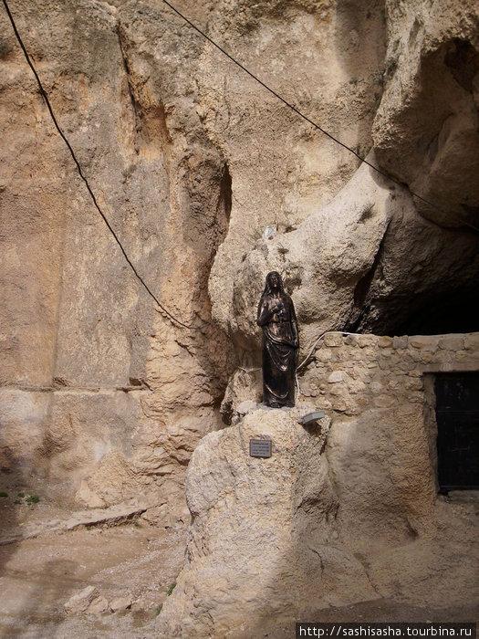 Ущелье, по которому св. Фекла убегала от римских солдат