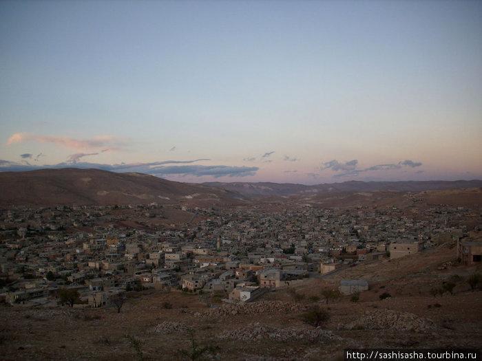 городок Арсаль