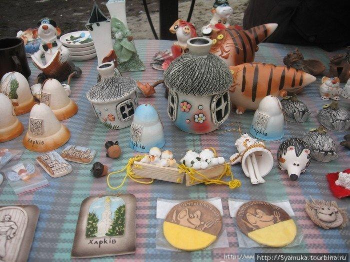 Вернисаж — выставка-продажа картин, сувениров, подарков...