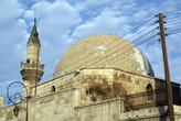 Купол мечети и минарет