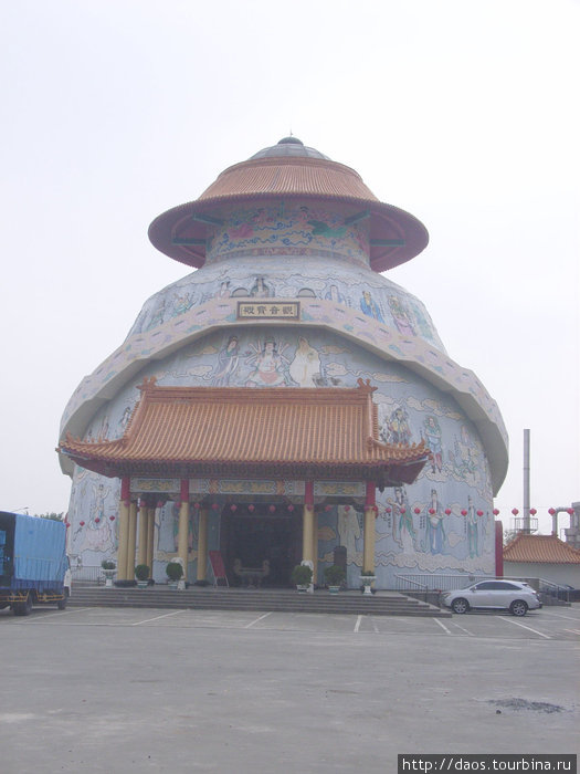 Храм Гуаньинь уникальной формы