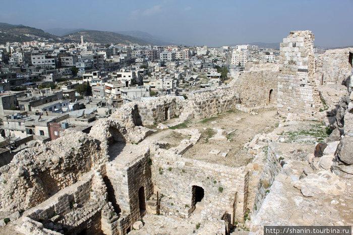 Замок Масиаф и город Масиаф