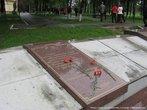 В этом месте погибло около трех тысяч советских воинов...