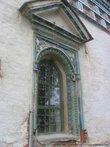 Изразцы в украшении окна