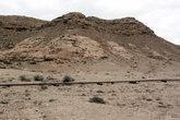 Гора Джебель-ад-Дукхан (Гора дыма, 122 м) — самая выоокая точка острова. ля альпинистов недоступна — находится на территории военной базы.