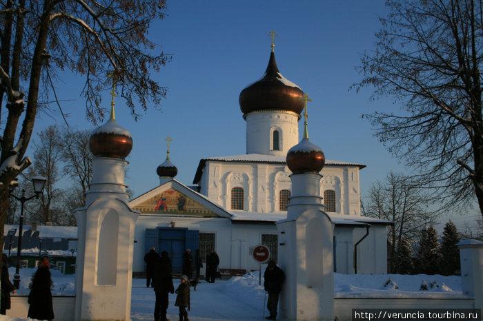 Георгиевский храм.
