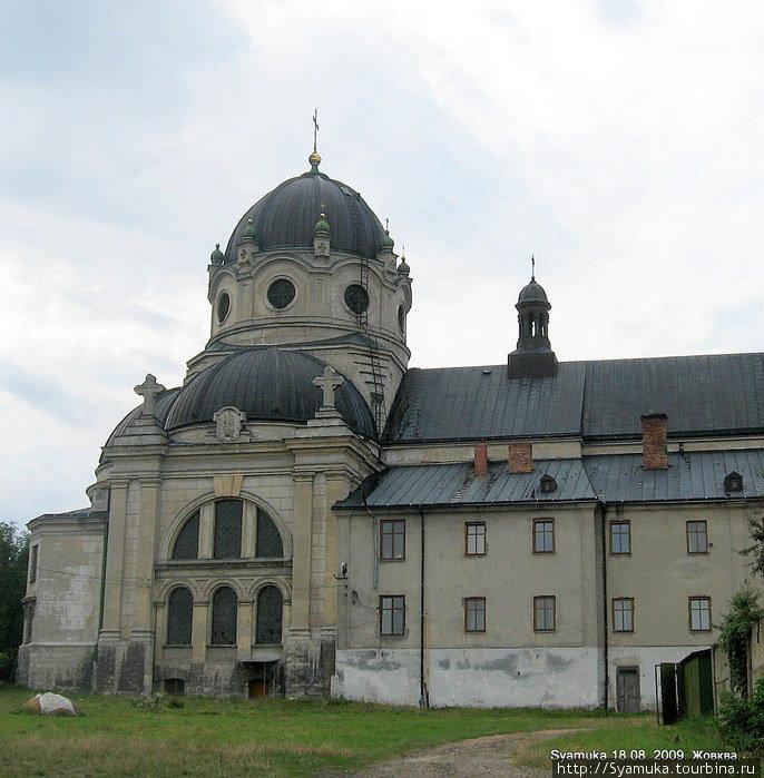 Церковь Василианского монастыря.