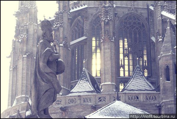 Собор Святой Варвары (1388-1547). Фрагмент.