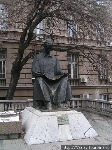 Памятник Тесле