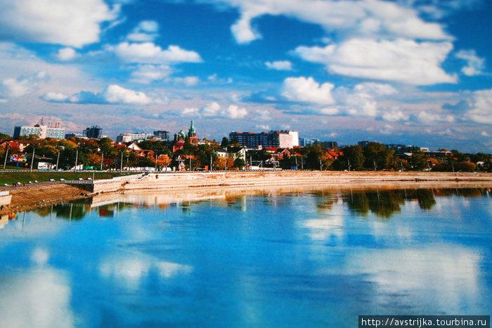 вид на набережную Кубани с Тургеневского моста
