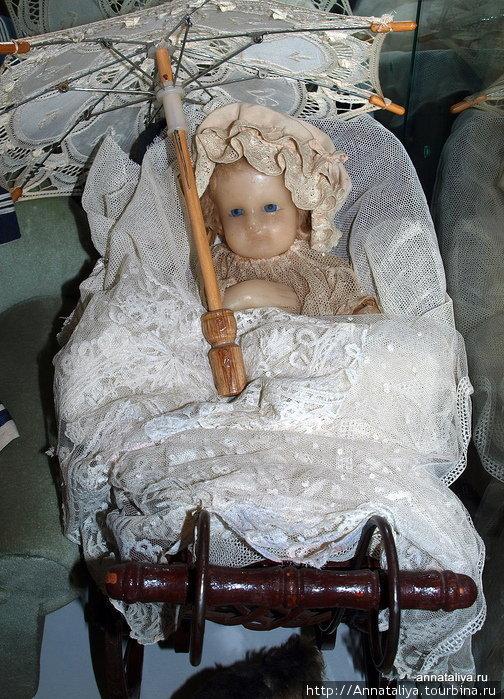 Восковая куколка.