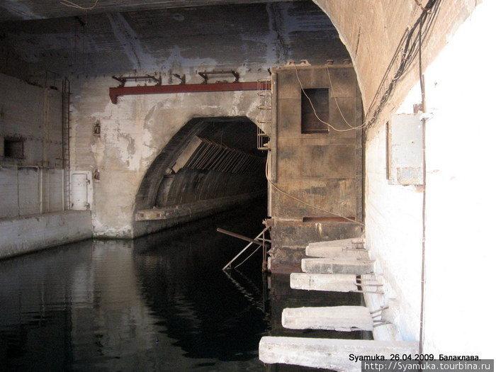 Начало водного канала.