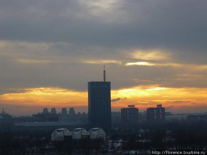 Вид на башню с Калемегдана