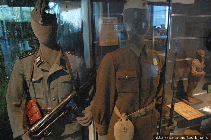 Немецкая и советская военные формы