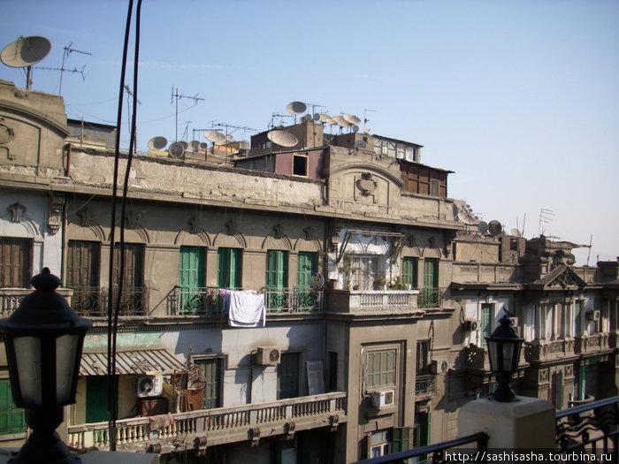 Каир в высоты пятого этажа.