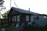 Дом, который был выделен нашей группе для ночлега