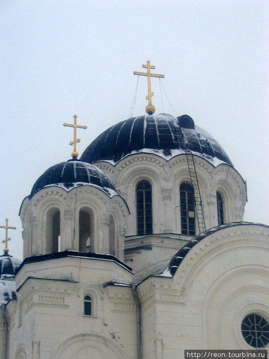 Купола храма напоминают знаменитую Святую Софию в Констатинополе*reon*Спасо-Ефросиньевский женский монастырь*Полоцк, Витебская область, Беларусь