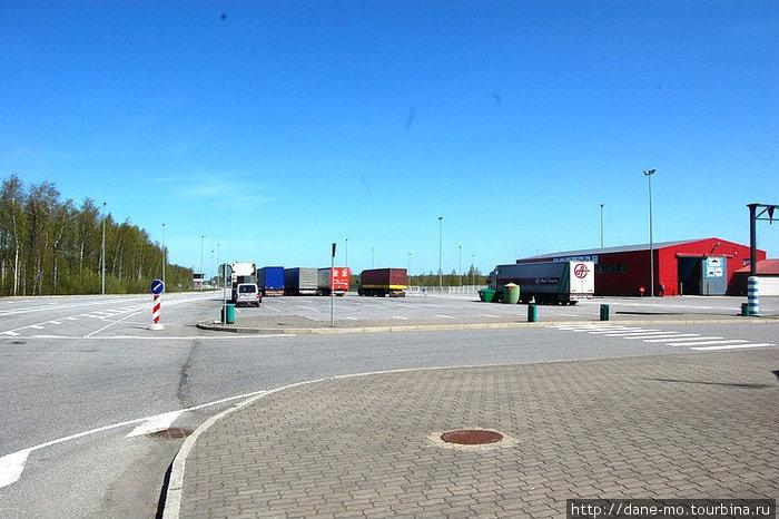 Эстонско-латвийская граница. Теперь эти страны в Евросоюзе и границы остались только на картах.