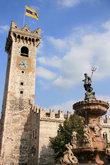 Палаццо Преторио и фонтан Нептуна