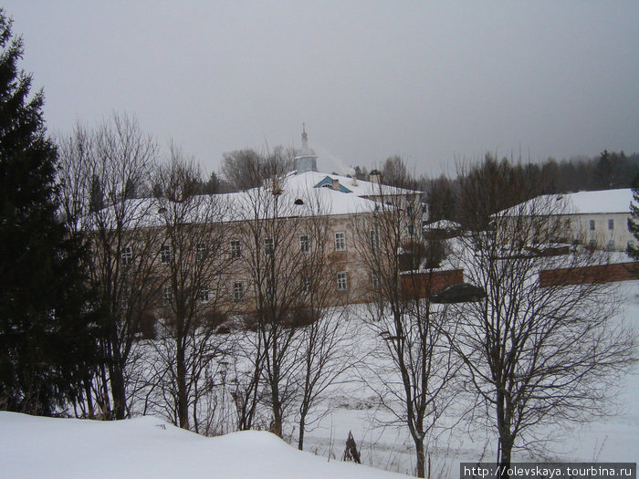Вид на Павло-Обнорский мо