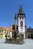 ... например, иезуитский костел Святого Игнатия в стиле барокко, два готических костела 13-го века, городскую ратушу, краеведческий музей и даже небольшой зоопарк...