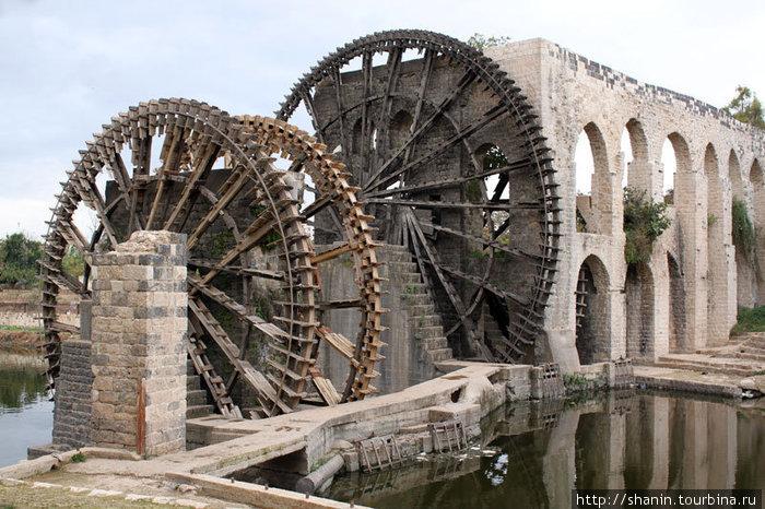 Гигантские колеса — нории