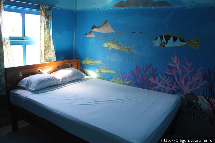 Спальня в аквариуме