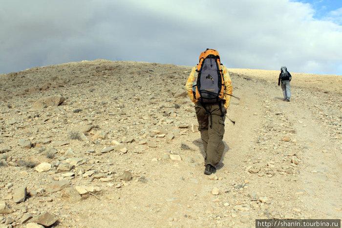 Пешком к монастырю Мар Муса