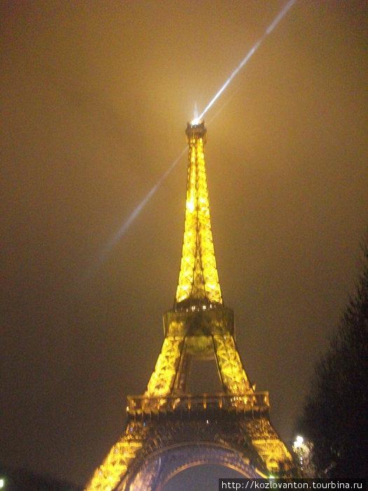 Прожектор башни.