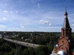 Церковь Новомучеников и Исповедников Российских и мост через Волгу