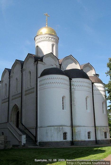 Свято-Никольский собор.