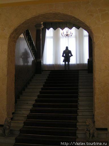 Лестница и рыцарь