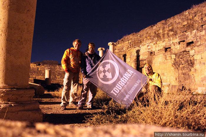 Ночью на руинах Босры