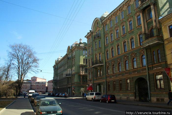 По дороге к Сытнинскому рынку.