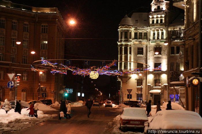 Австрийская площадь зимой.
